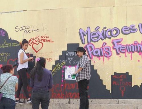 Messico, donne in piazza contro la violenza.